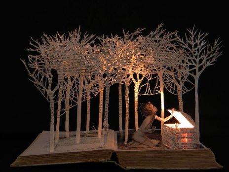 'Pandora opening the box' by Su Balckwell
